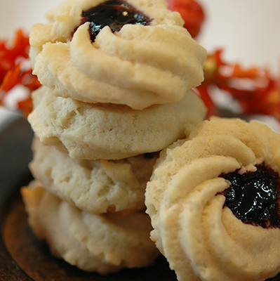 Shortbread with jam