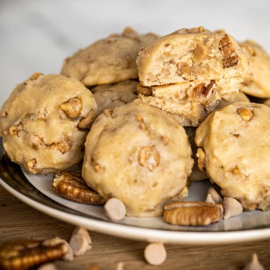 Banana Pecan Cookies with Caramel Sea Salt Chips