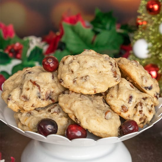 Cranberry Cinnamon Caramelized Walnut Cookies