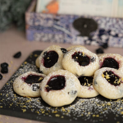 Blueberry with Blueberry Jam Cookies on a board ready to eat.