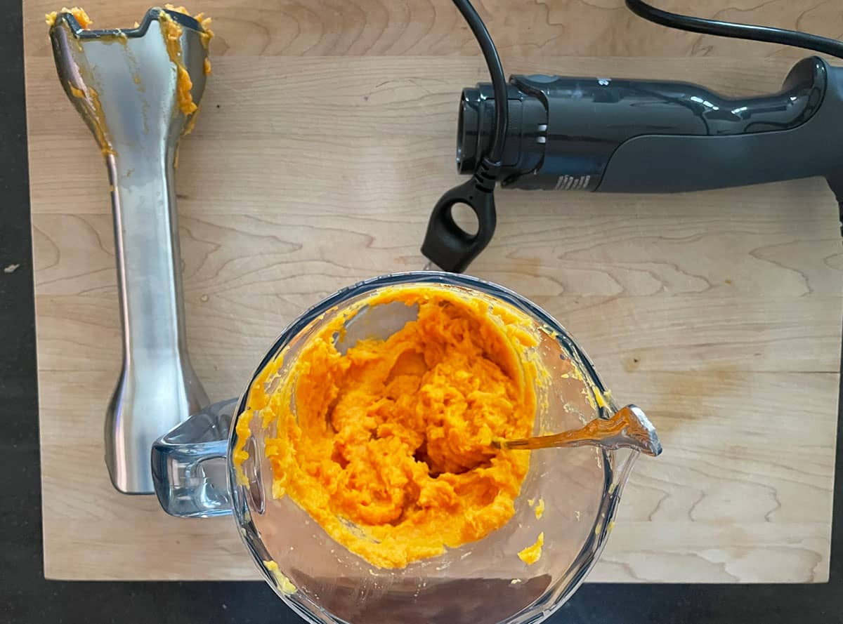 Southern Sweet Potato Pie puree with the immersion blender.